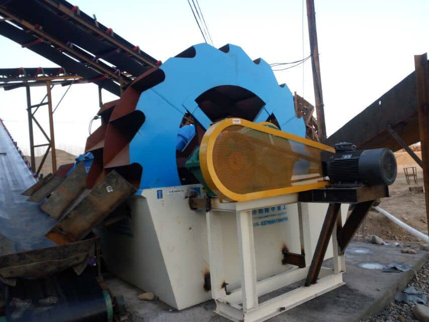 The Wheel Sand Washing Machine issuitable for cleaning the more difficult minerals such as mudand coal mining.