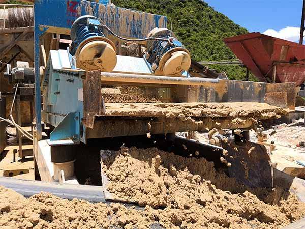 sand recycling system with single slurry pump
