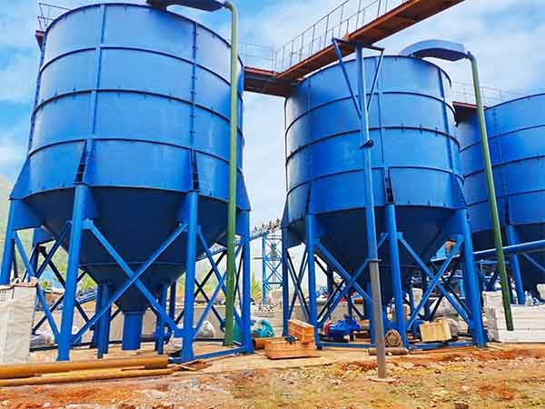 deep cone thickener